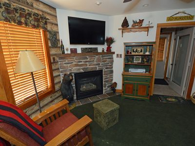 Photo for 1 BEDROOM, 1 FULL BATH: Ski To The Door !.Gas Fireplace. Enjoy Camp 4 Community Hot Tub, too !  MAST