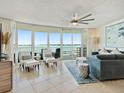 Photo for Caribe B-205, 3 bed/3 bath, sleeps 8 with magnificent views of Robinson Island