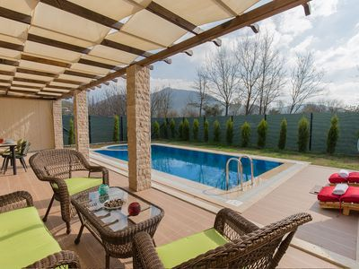 Photo for Luxury Stone Villa With Private Pool
