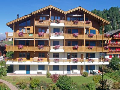 Photo for 3 bedroom Apartment, sleeps 6 in Grächen with WiFi