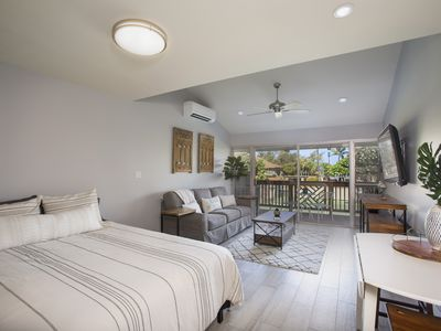 Photo for Stunning Remodeled Studio in Paradise! Book Today!