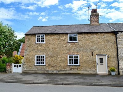 Photo for 3 bedroom accommodation in Hotham, near Driffield