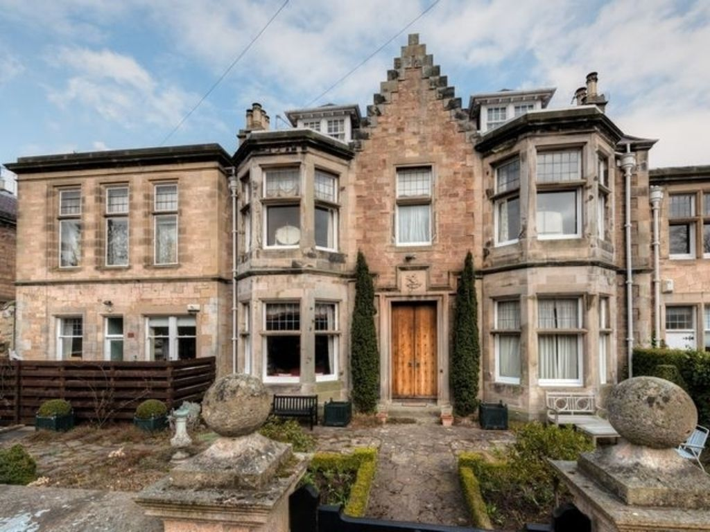 St Colms Main House: St Colms Main House - Five Bedroom House ...