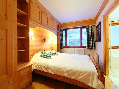 Photo for Tignes le Lac Apartment, Sleeps 8 with Free WiFi