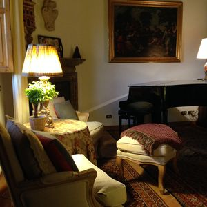 Photo for Gracious/Historic 2/Beds/2 Bathrooms & Rooftop Terrace