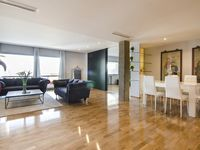 Lovely apartment. Very convenient for exploring Madrid.