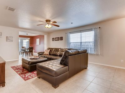 Photo for *DISCOUNTED RATES* Community *POOL* BMT GRADS, 6mi. LACKLAND/Sea World in 1604lo