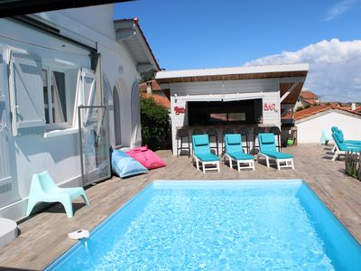 Photo for VILLA ANGLET BIARRITZ 12 PERS AIR CONDITIONING 2KM BEACHES, PRIVATE HEATED POOL