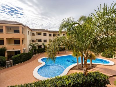 Photo for Beautiful apartment for 6 guests with pool, A/C, WIFI, TV and parking