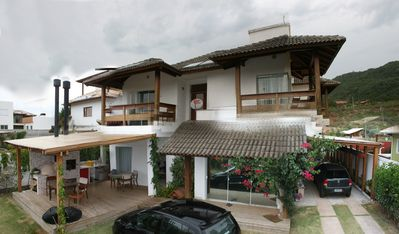 Photo for House with 3 suites in condominium, beach of Campeche, Florianópolis