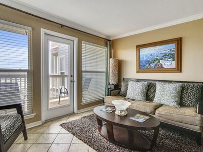 Amazing Gulf view update Suite 2216 ON the Beach- Private Balcony