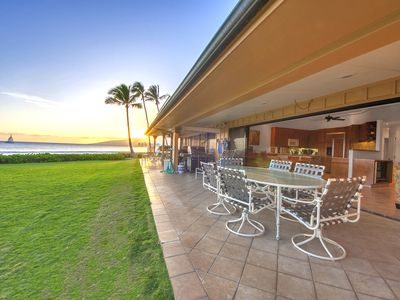 Photo for Steps from the water! Incredible Ocean Views! Puamana 9-3