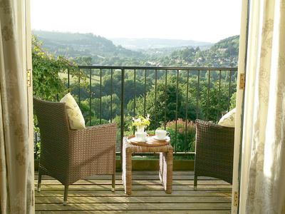 Photo for STUNNING VIEWS of the Cotswolds, AONB