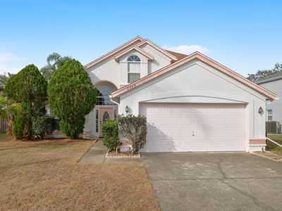 Photo for 2 Story 3 Bedroom 2.5 Bath Pool home Less than 5 miles to Disney (3089)