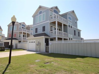 #CB27: OCEANSIDE Home in Corolla w/Hot Tub and Outdoor Com.Pool