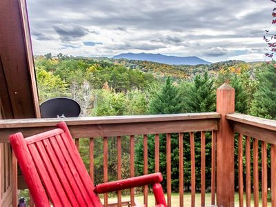 Photo for Secluded cabin w/wrap around deck for Mount Le Conte Views.