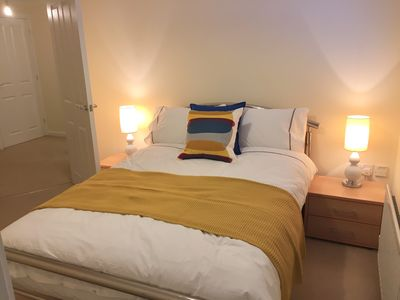 Photo for Modern 2 Bed Apartment in Southampton
