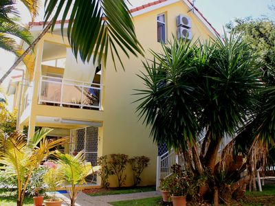 Photo for Nice apartment in a quiet resort with pool, only 50m from the beach.