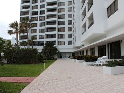 Photo for Ocean view apartment in Alexander Towers, Hollywood