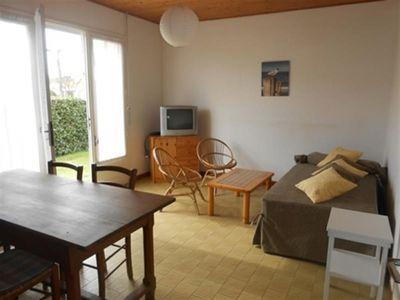 Photo for Villa Saint-Gilles-Croix-de-Vie, 2 bedrooms, 5 persons
