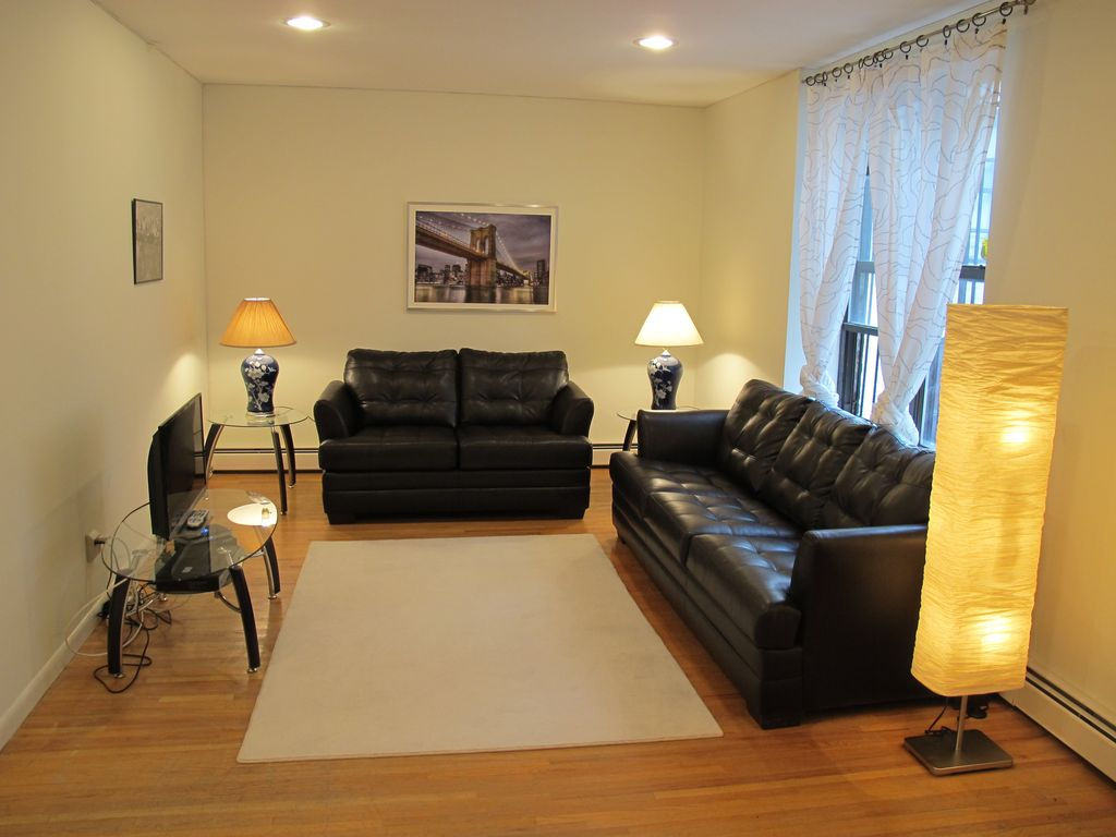 3 Bedroom Apartment In Brooklyn Homeaway Flatbush Ditmas Park