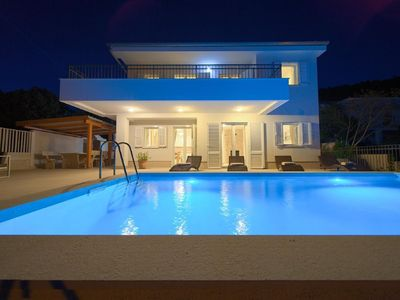 Photo for Holiday house Martinscica for 1 - 8 persons with 4 bedrooms - Holiday house