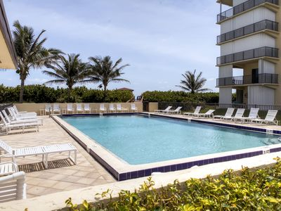 Photo for Jensen Beach Oceanfront Condo w/ Balcony!