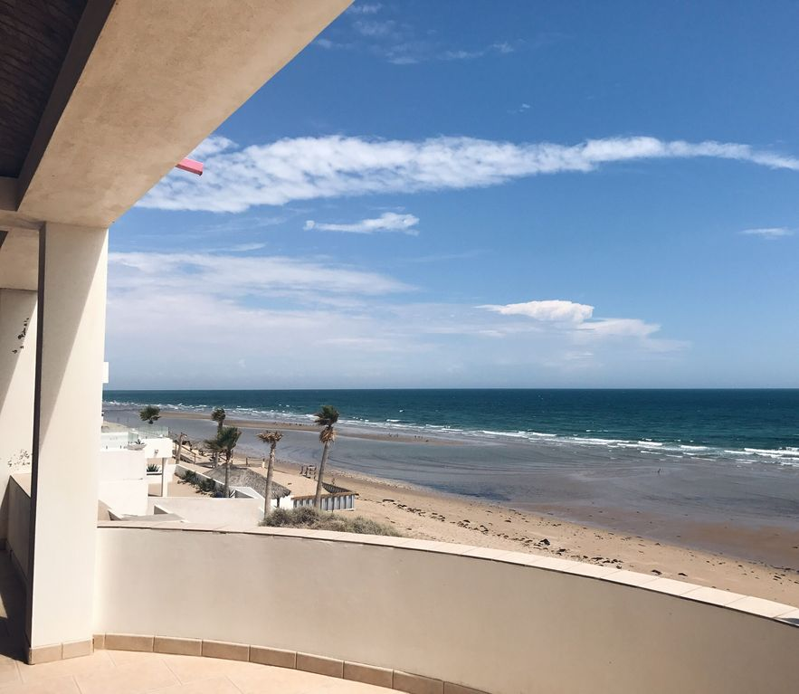 Spectacular beach front home with amazing views