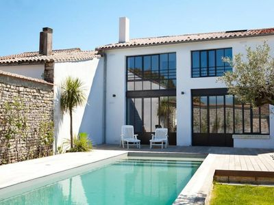 Photo for Former architect renovated cellar with Heated Pool - Label 5 *