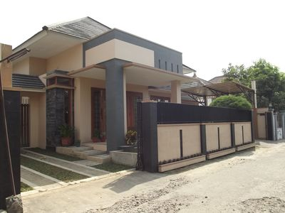 Three Bedroom House Near the City, Jogja