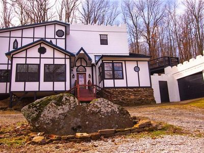 Photo for Heartstone Castle 4 bed 2 bath Nestled in Boston Mountains