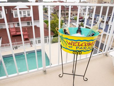 Photo for Newly Renovated 2 Br Luxury Condo *Pool* Top Floor 1 Blk From Beach