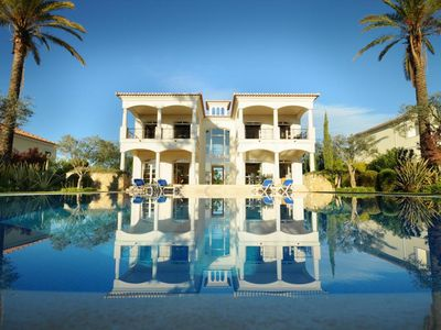 Photo for Luxury villa in a quiet and secure location within Vila Sol Golf and Spa Resort