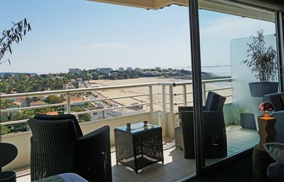 Photo for November free !!Royan Nice studio, superb ocean and pine forest view facing the beach