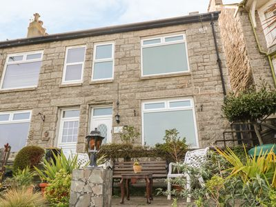 Photo for CLIFFE RISE, pet friendly, with open fire in Newlyn, Ref 997410