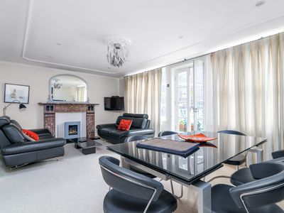 Photo for Luxury 2BR flat in Knightsbridge w/Patio, 4 guests