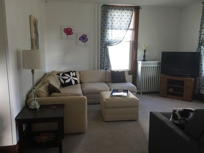 Large Apartment In The Heart Of Marquette W/ Cable & WiFi!  Pet Friendly!