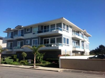 Photo for Steps to the sand, walking distance to downtown shops, restaurants & Pismo Pier
