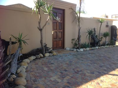 Photo for Lovely 3 bedroom house in Blouberg Cape Town, close to famous Kite beach.