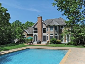 Five Star 5000 sq ft Beautiful & Spacious Home Heated Pool