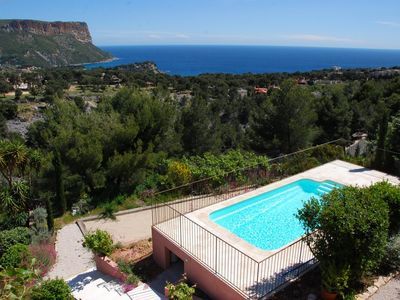 Photo for Swimming Pool, Amazing Vistas from Ocean to Mountain, 8-10 people