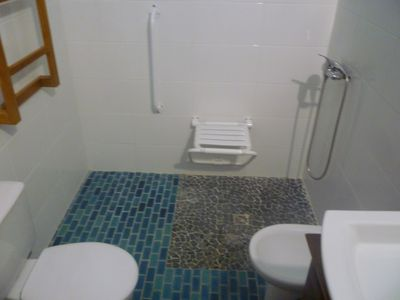 Photo for Quiet and air-conditioned room 15 minutes from the beach and 10 minutes from the city