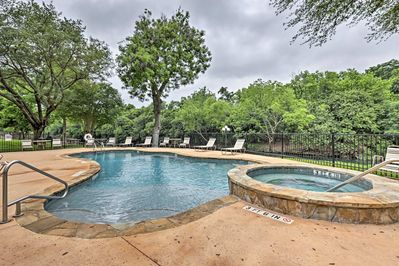 Explore New Braunfels from this 2-bd, 2-ba vacation rental condo!