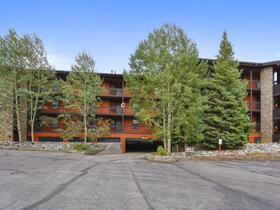 Photo for One bedroom plus loft, one bath condo with cable TV, VCR/DVD, Gas Fireplace