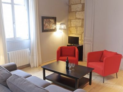 Photo for Charming duplex downtown (Quinconces), lift and breathtaking view Garonne