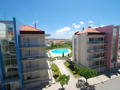 Photo for Star - 2 bedroom apartment with communal pool, close to the beach