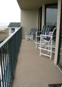 Enjoy the ocean view from the 4th floor in your rocker/swivel chairs