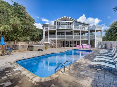 Photo for Lucy's Place | 1030 ft from the beach | Private Pool, Hot Tub | Southern Shores
