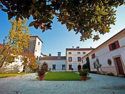 Photo for Holiday apartment Colle Umberto for 1 - 2 persons - Castle