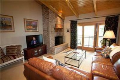 Photo for Timberline Deluxe Ski-In/Ski-Out One Bedroom Plus Loft